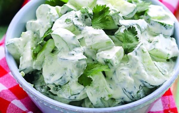 Салат из огурцов «Весенний»